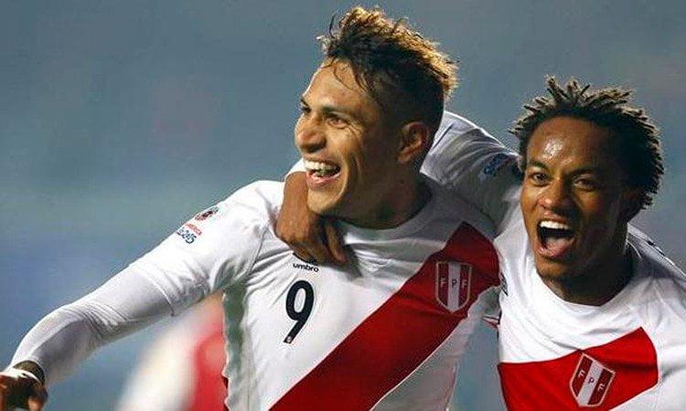 Paolo Guerrero y André Carrillo fueron artífices del triunfo nacional sobre Paraguay.