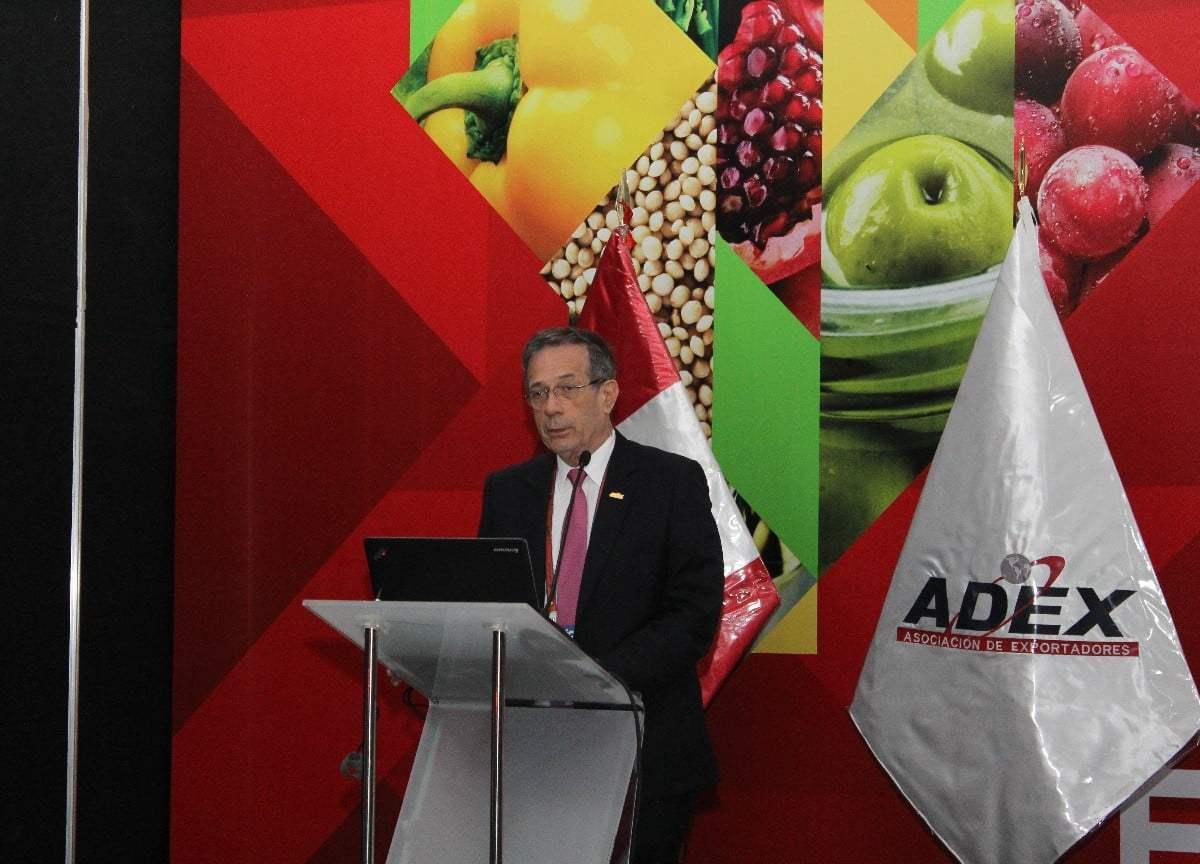 Amorrortu sugirió la unión de productores, exportadores e instituciones públicas y privadas para fortalecer la exportación de productos orgánicos.