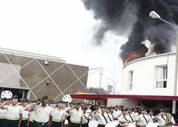 FOTO EXPRESO / Así fue la explosión en graduación del INPE que dejó varios heridos (VIDEO)