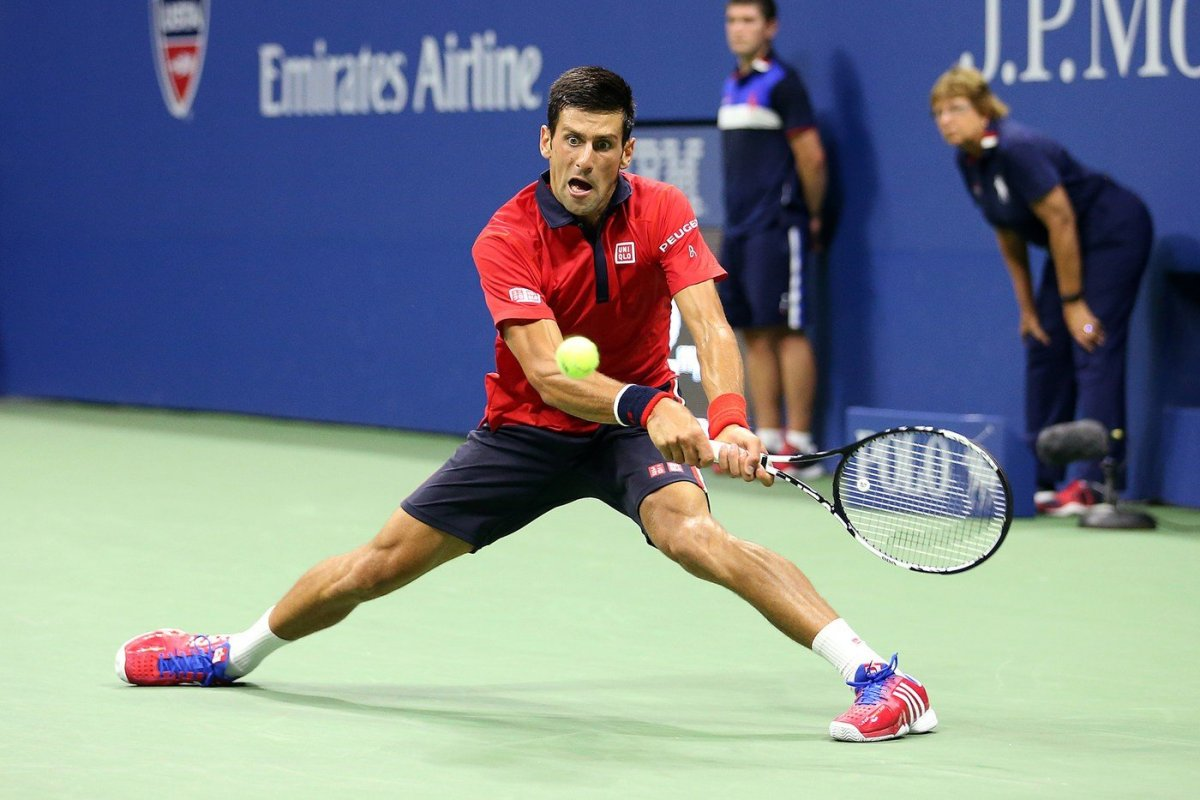 Djokovic trabajó duro para sacarse del camino al español Bautista Agut.