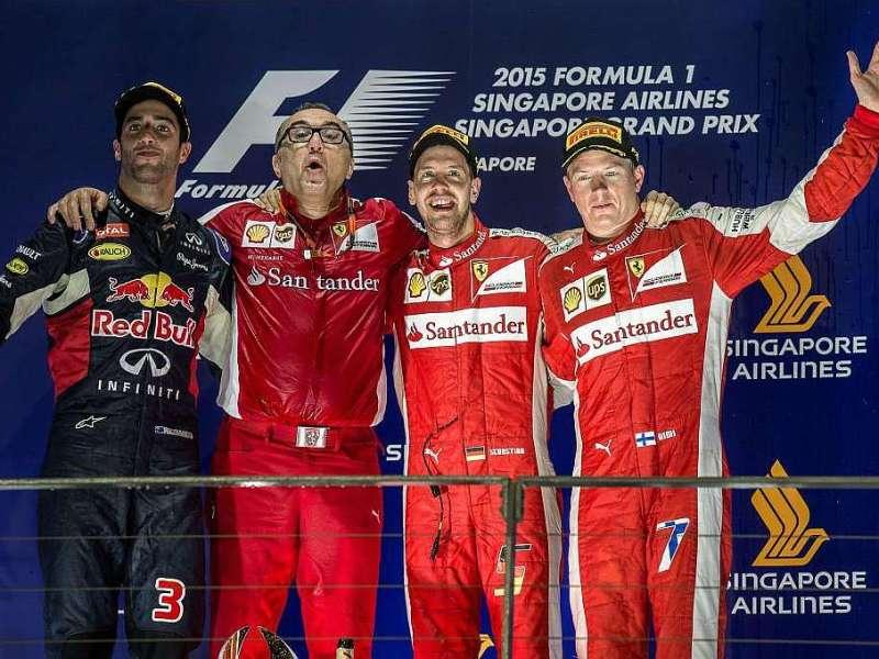 Ferrari celebró con sus dos pilotos en el podio.