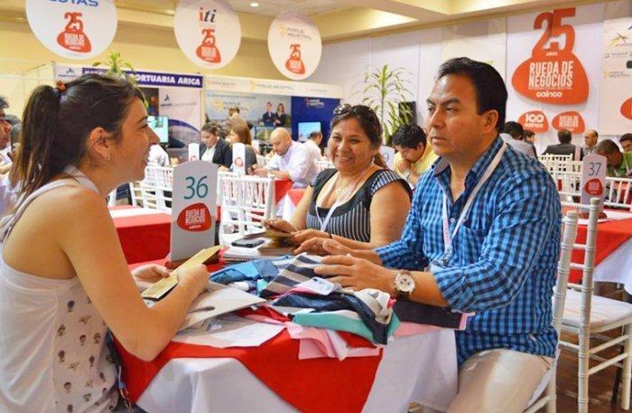 Empresas peruanas se dieron cita en evento boliviano para exhibir productos de diversos  rubros.