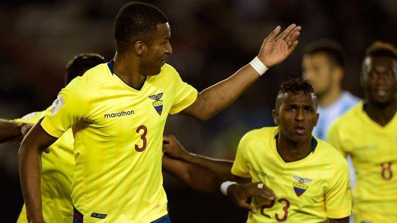 "Ecuador consiguió un triunfo ""Monumental"" contra Argentina."