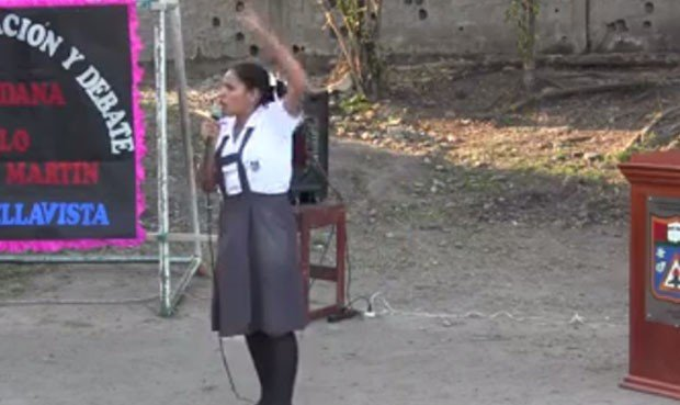 La alumna es Claudia Vela