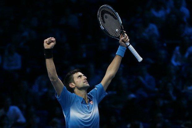 """Djokovic """"liquidó"""" a Nadal e irá por su quinto título de Maestros."""