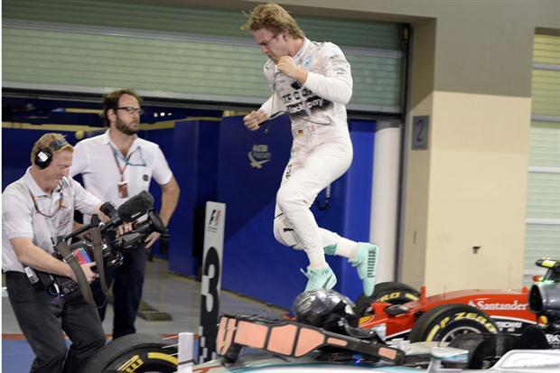 Rosberg logró la victoria en el cierre de la temporada.
