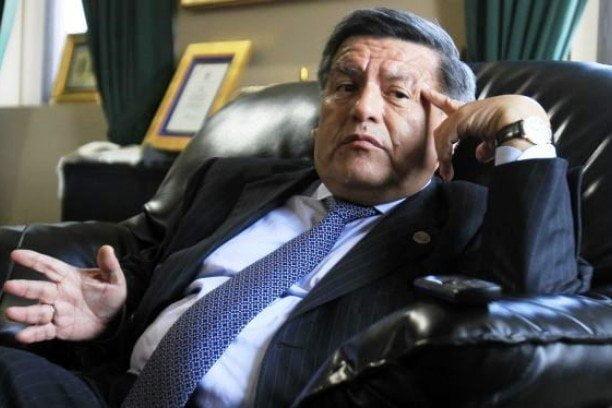 César Acuña con nueva denuncia de plagio desde Colombia