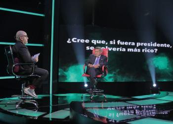 César Acuña confiesa que será más rico si es presidente