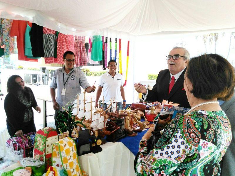 """El evento Casa Abierta de Comercio Exterior"""" sirvió para dar a conocer nuestros servicios en materia de comercio exterior a los ciudadanos guayaquileños."""