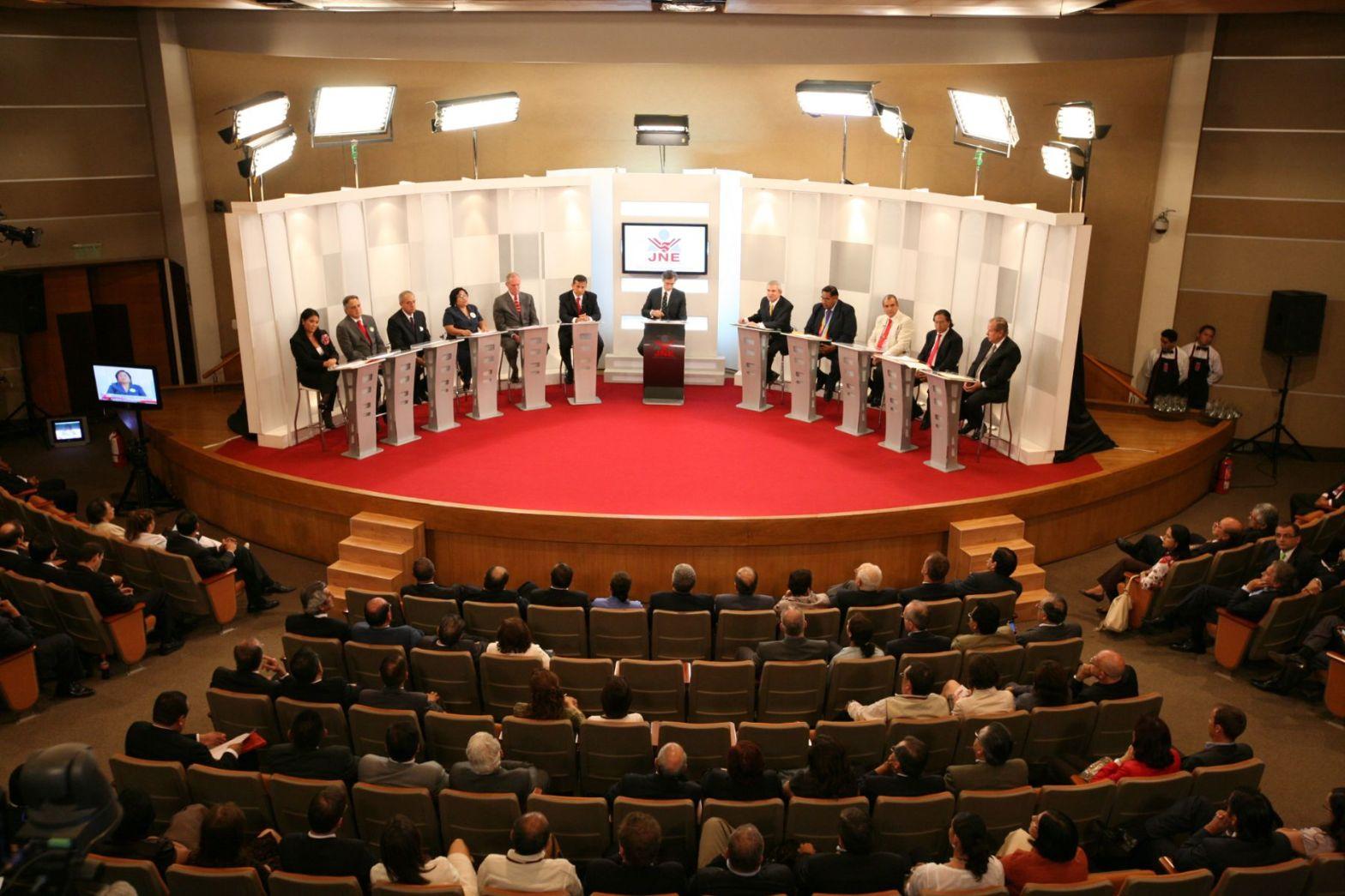 Todo listo para el debate presidencial