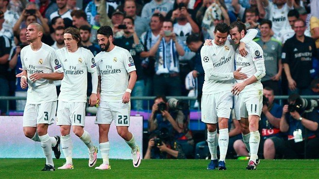 Real Madrid avanzó a la final de la Champions gracias a un autogol que propició el galés Bale.