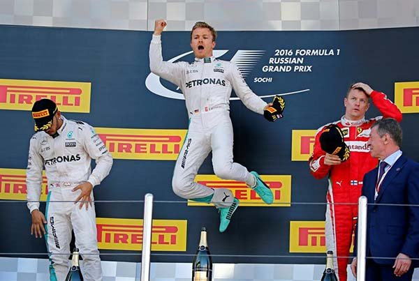 Nico Rosberg sigue invicto en la temporada de Fórmula 1.