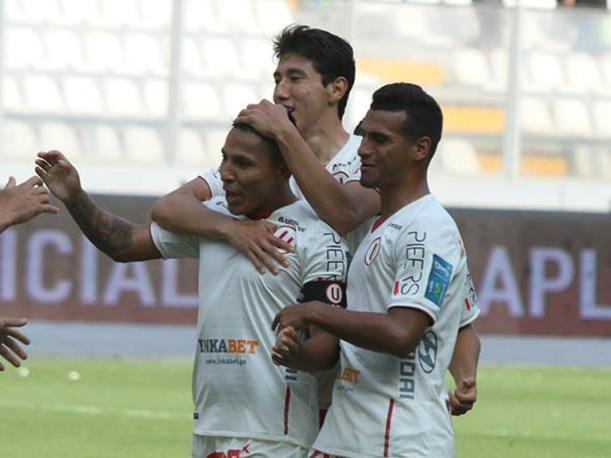 """La """"U"""" cerró con triunfo el Apertura gracias a un triplete marcado por Raúl Ruidíaz."""