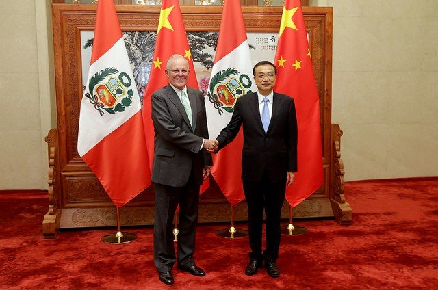 El presidente del Perú se reunió con el Primer Ministro de China,  Li Keqiang.