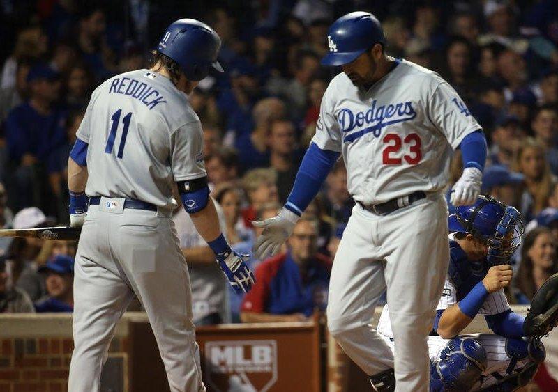 Cuadrangular de González bastó para la victoria de los Dodgers.