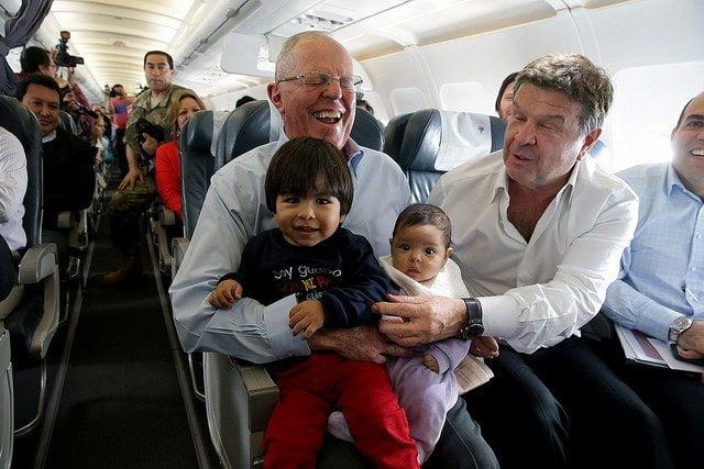 El presidente Kuczynski estuvo en Jaén para recibir el primer vuelo comercial.