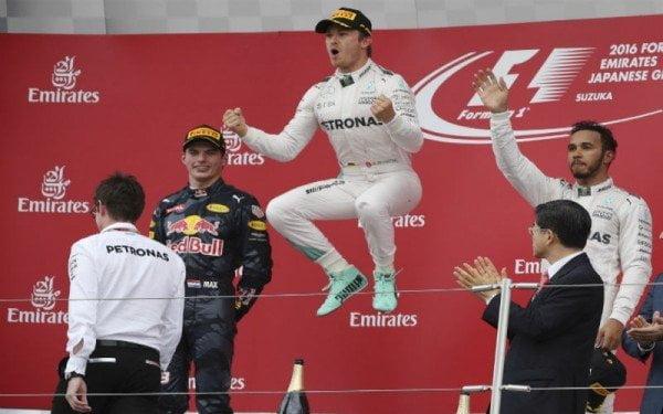 Rosberg celebró en Japón su novena victoria del año.
