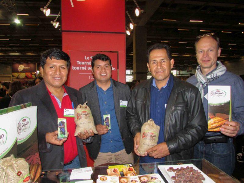 Productores y exportadores peruanos  exhibieron la calidad de nuestro cacao y chocolate en París.