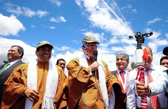 El presidente Kuczynski inauguró importante obra de riego presurizado en Ayacucho.