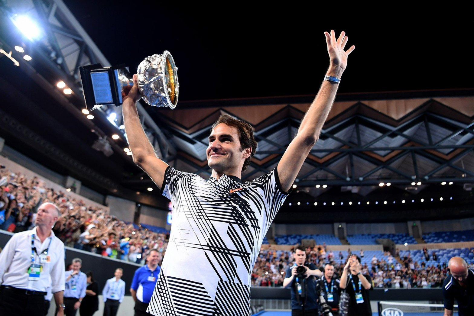Roger Federer agigantó su leyenda tras consagrarse campeón del Abierto de Australia