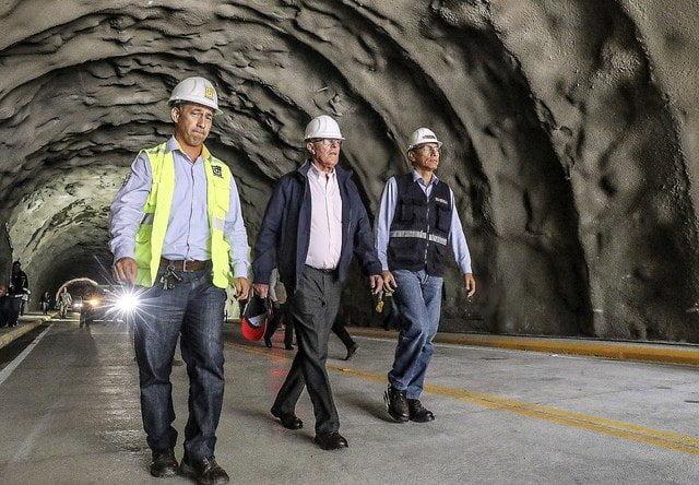 Kuczynski inauguró túnel Chacahuaro que permitirá eludir huaicos en la Carretera Central