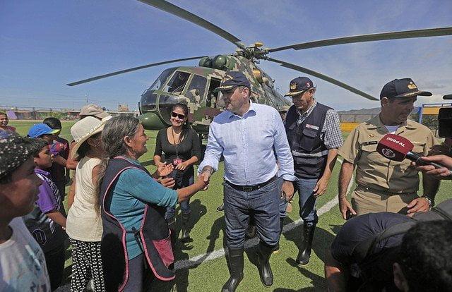 El premier Zavala viajó a Chimbote con el ministro de Transportes y Comunicaciones, Martín Vizcarra.