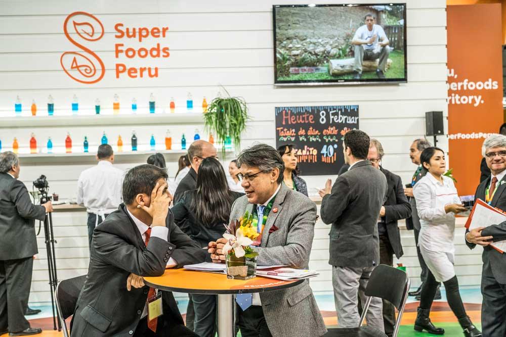 """ADEX: Exportaciones de """"superfoods"""" peruanos sumaron cerca de US$ 3 mil millones en el 2016"""