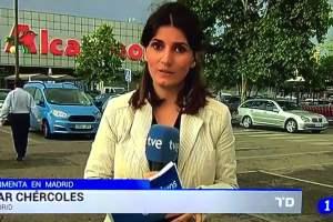 Twitter: periodista estaba en vivo, se pone nerviosa y pasa esto [VIDEO]