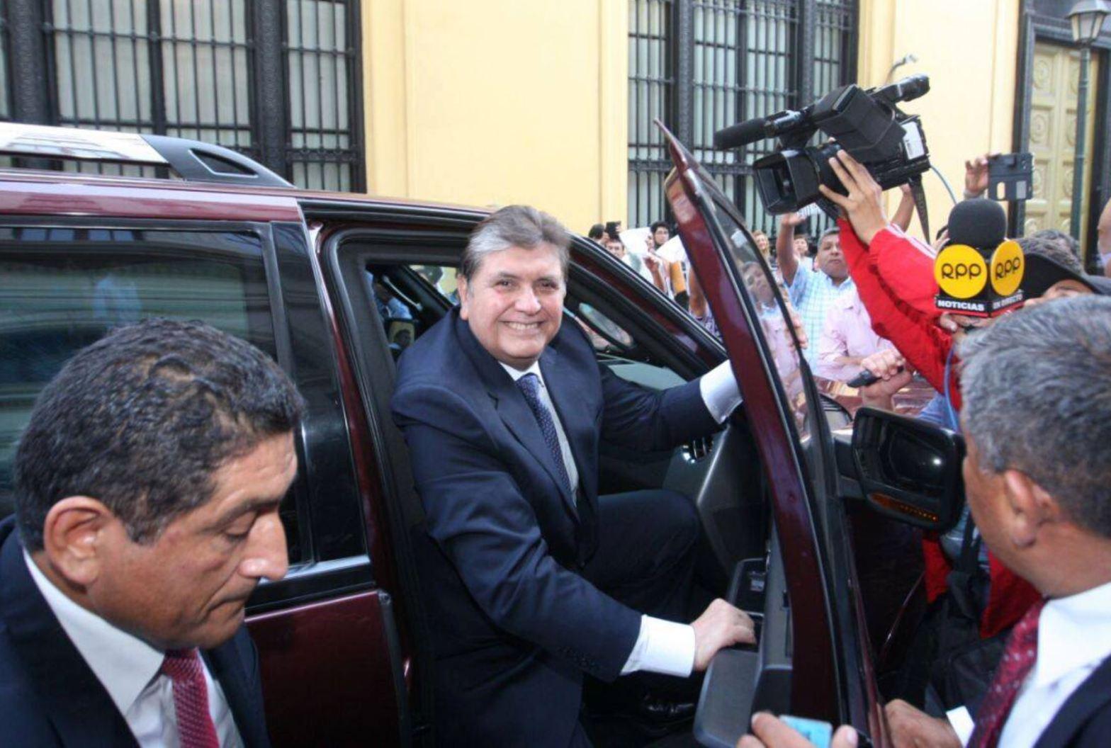 """Alan García dice: """"A otros habrán podido comprar, pero a mí no"""""""