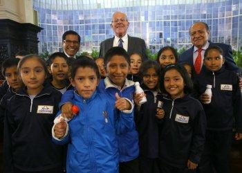 El presidente Kuczynski saludó a los niños y niñas por su día.