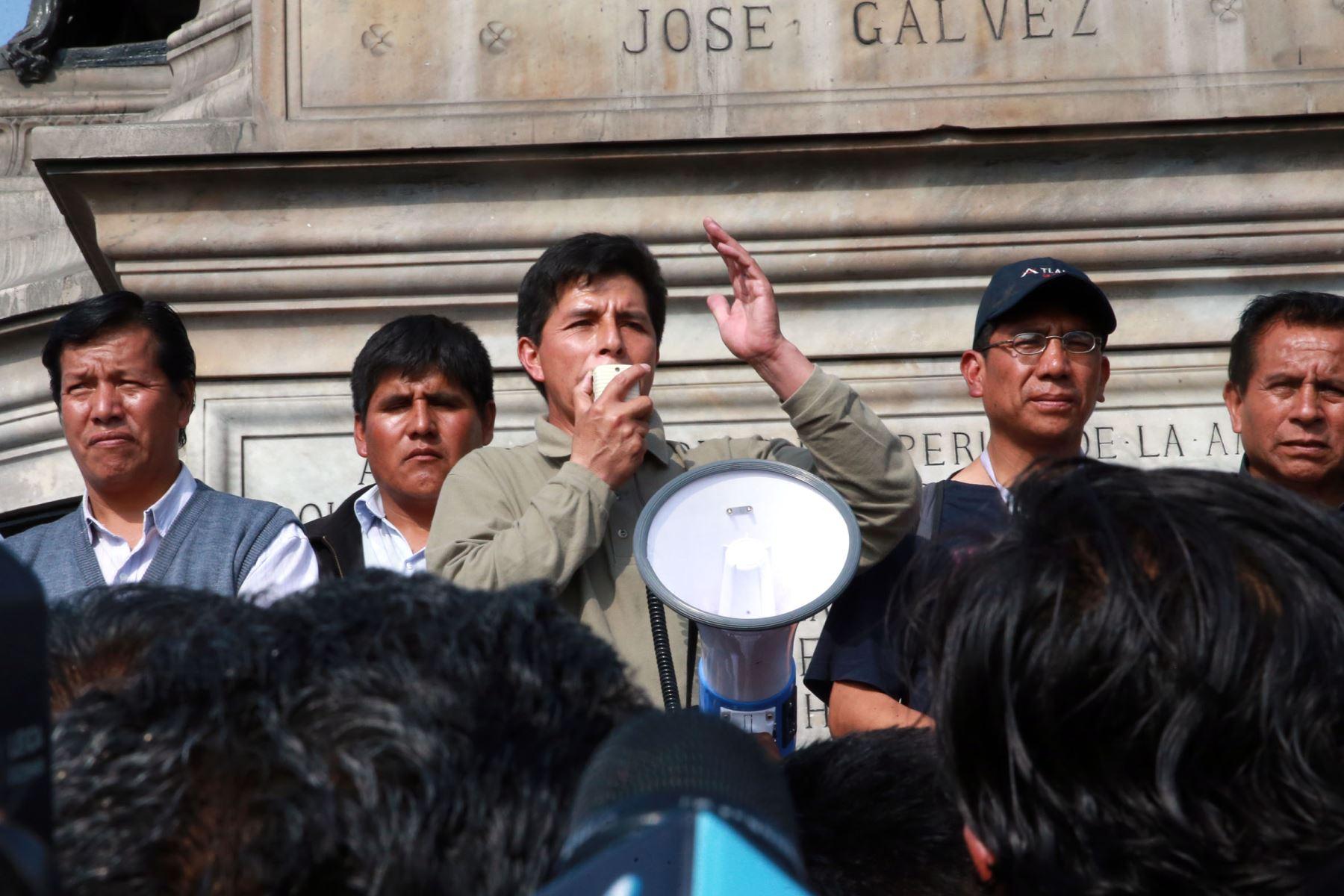 Pedro Castillo dirigente de docentes