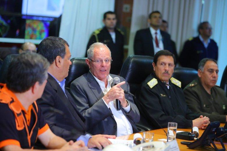 PRESIDENTE KUCZYNSKI ANUNCIÓ QUE SE MEJORARÁN LOS SISTEMAS DE COMUNICACIÓN ANTE DESASTRES NATURALES