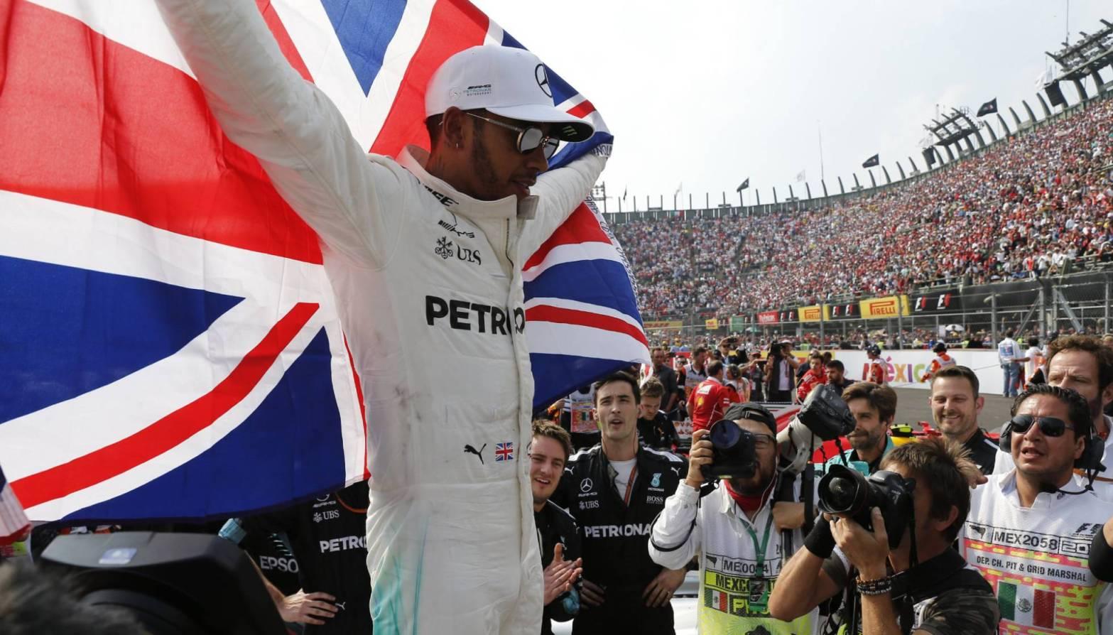 Fórmula 1: Lewis Hamilton se convirtió en tetracampeón