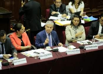 El premier explicó el tema de los gastos corrientes del Ejecutivo.