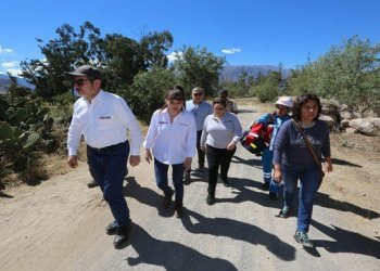 Afectados por intoxicación retornaron a Ayacucho con ministros en avión FAP