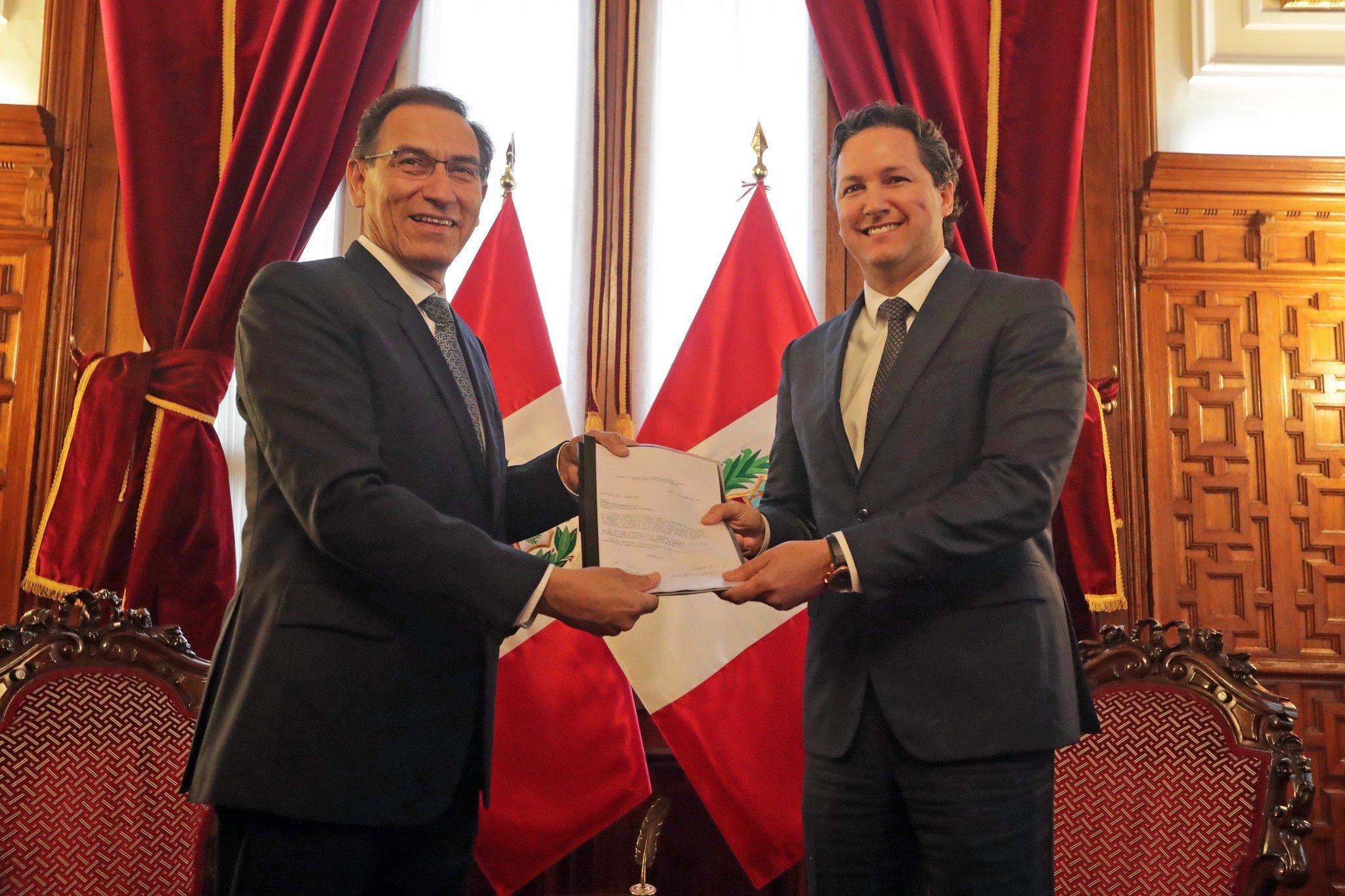 Martín Vizcarra y Daniel Salaverry