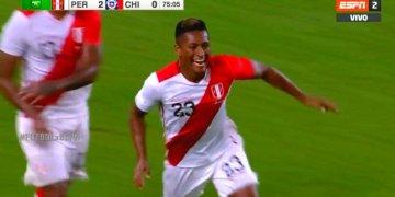 Perú golea a Chile y Pedro Aquino anotó dos golazos