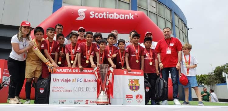 Equipo de Arequipa entrenará en academia del FC Barcelona en España