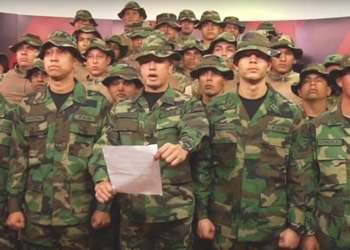 Un grupo de militares venezolanos en Perú desconoce a Nicolás Maduro