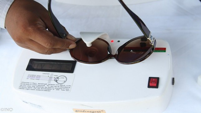 Lesiones cancerígenas y carnosidades por usar lentes sin protección UV