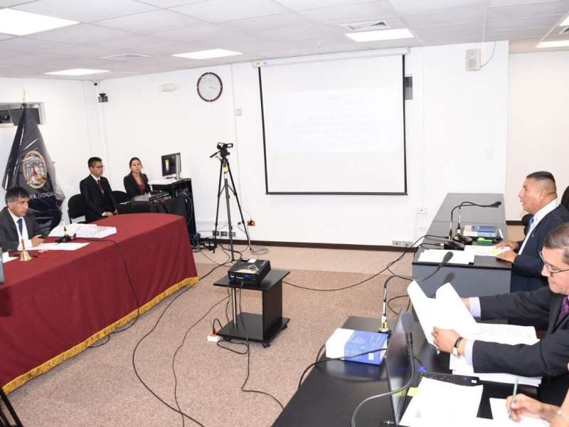 Luis Alva Castro con impedimento de salida del país por orden judicial