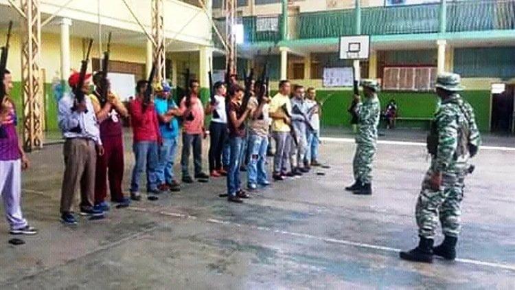 Chavistas y civiles
