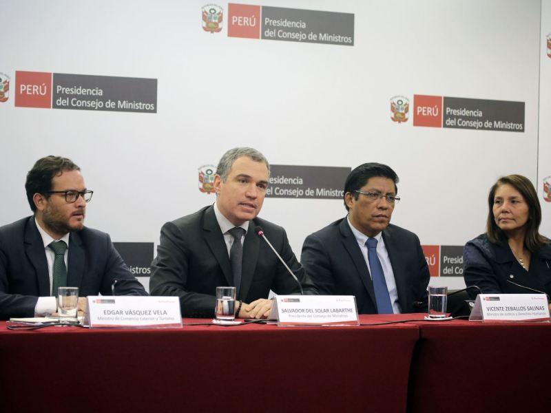 Salvador del Solar pide al Congreso discutir de nuevo inmunidad parlamentaria