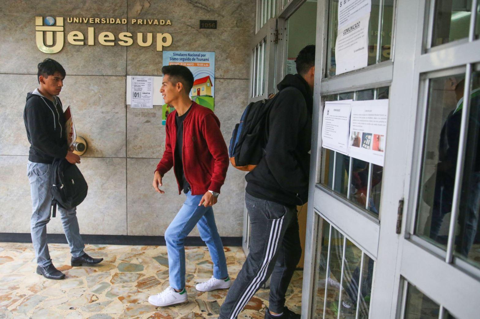 Telesup sin licencia: universidad de José Luna sancionada por Sunedu
