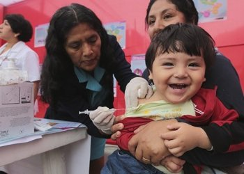Minsa estima que 6 millones de personas serán vacunadas contra la influenza