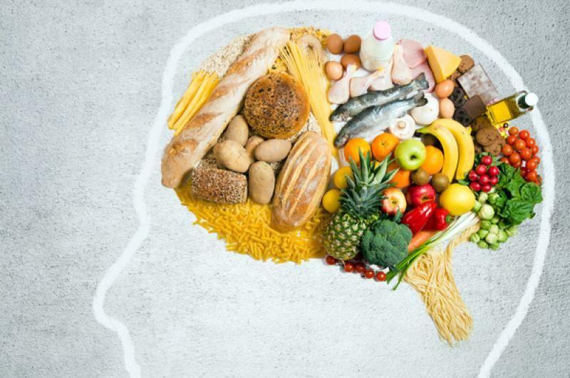 Consume estos alimentos y mejora tu salud mental
