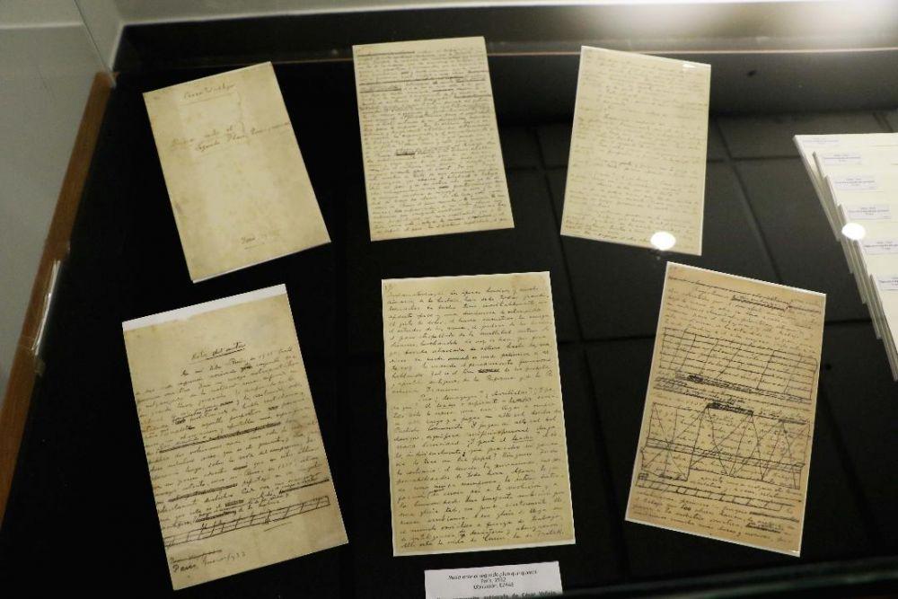 Manuscrito de César Vallejo en obra literaria es auténtico dice peritaje