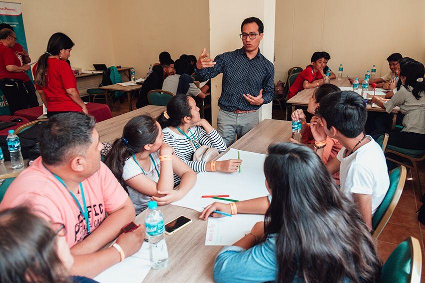 """Escolares de Moquegua, Huánuco y Apurímac ganan concurso """"Crea y Emprende"""""""