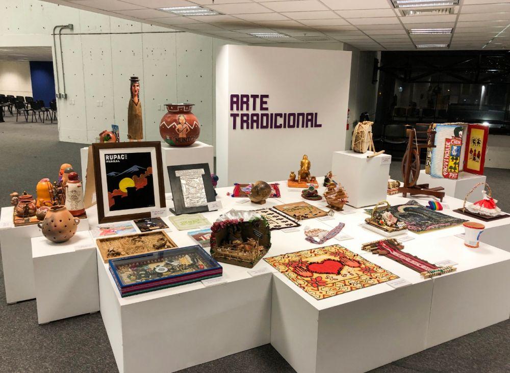 Minedu inaugura exposición de obras de Juegos Florales Escolares
