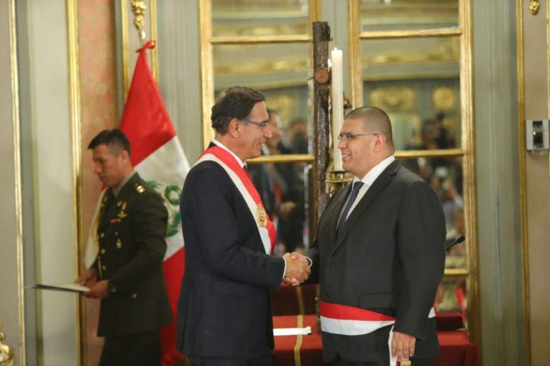 Martín Vizcarra juramenta nuestros ministros